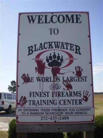 https://movimientoantinwo.files.wordpress.com/2010/10/blackwater.jpeg?w=225